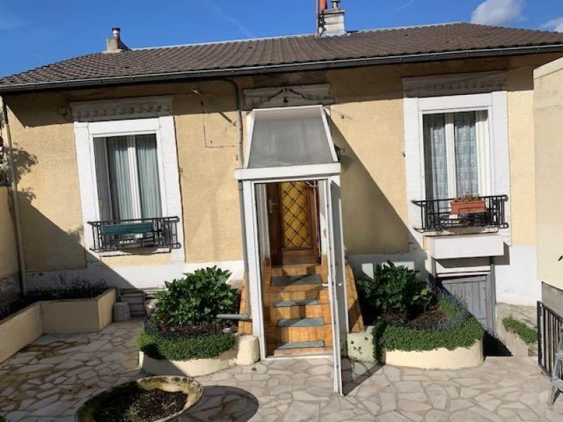 Sale house / villa Gennevilliers 345000€ - Picture 1