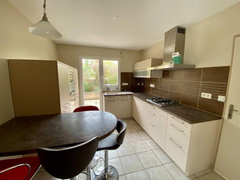 Sale house / villa Voiron 490000€ - Picture 2