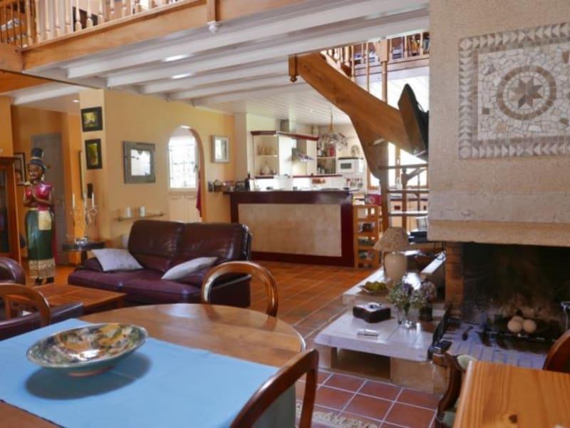Sale house / villa Saint mezard 220000€ - Picture 4
