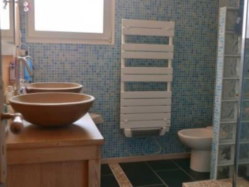 Sale house / villa Saint mezard 220000€ - Picture 9