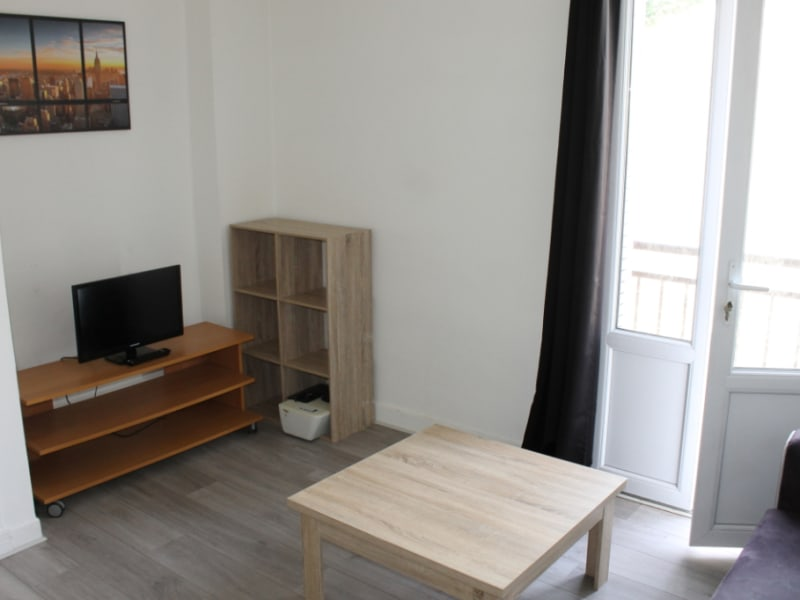 Location appartement Pontoise 795€ CC - Photo 2