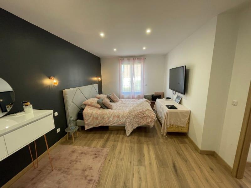 Sale house / villa Osny 472500€ - Picture 8