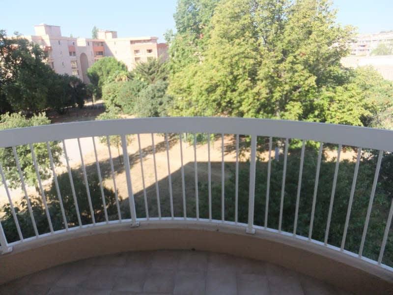 Sale apartment Toulon 150000€ - Picture 2