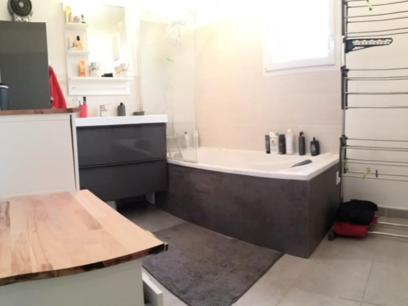 Sale house / villa Cuers 299000€ - Picture 9
