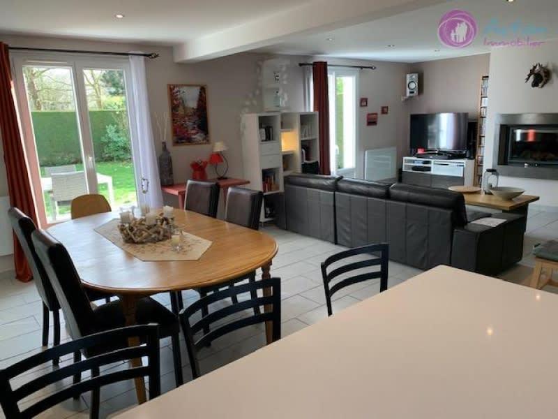 Sale house / villa Lesigny 479000€ - Picture 1