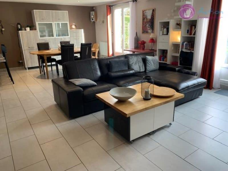 Sale house / villa Lesigny 479000€ - Picture 2