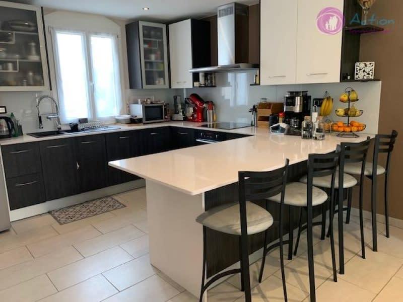 Sale house / villa Lesigny 479000€ - Picture 4