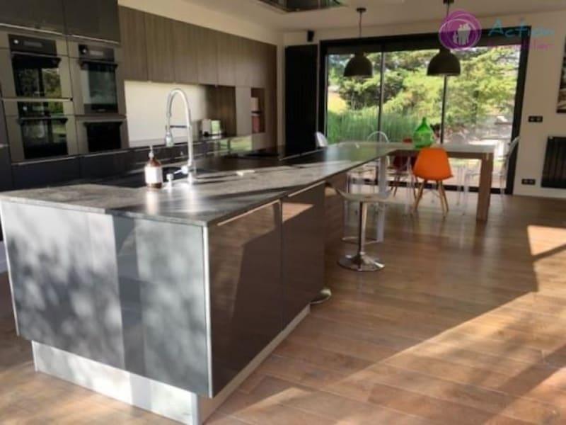 Deluxe sale house / villa Lesigny 870000€ - Picture 9