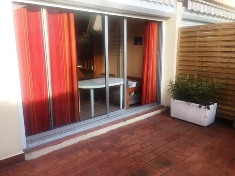 Sale apartment St raphael 113000€ - Picture 1