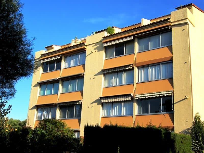 Sale apartment St raphael 113000€ - Picture 2