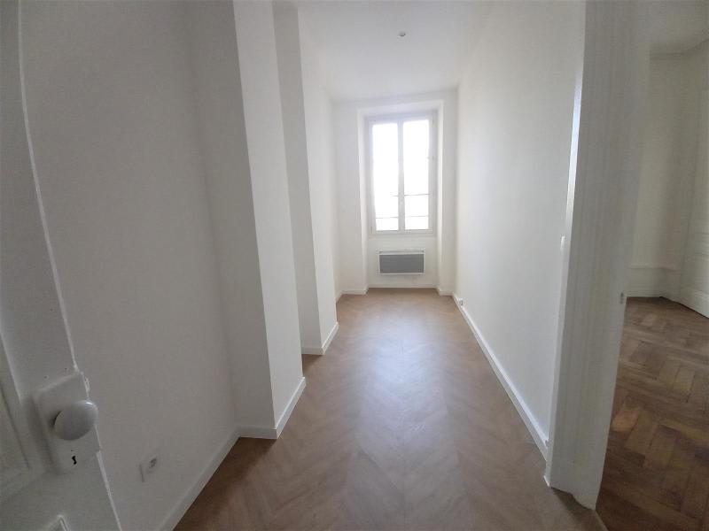 Location appartement Lyon 6ème 1562€ CC - Photo 8