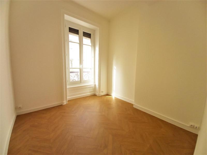 Location appartement Lyon 6ème 1562€ CC - Photo 9