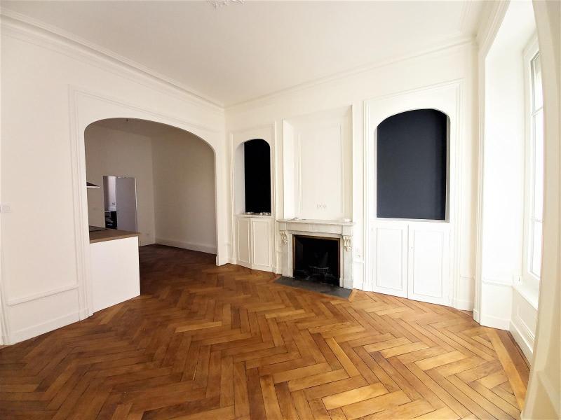 Location appartement Lyon 6ème 1562€ CC - Photo 10