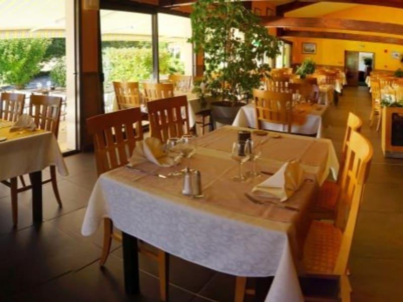 Commercial property sale shop La mure 1295000€ - Picture 6