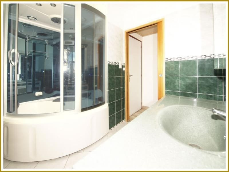 Deluxe sale apartment Toulon 122000€ - Picture 7