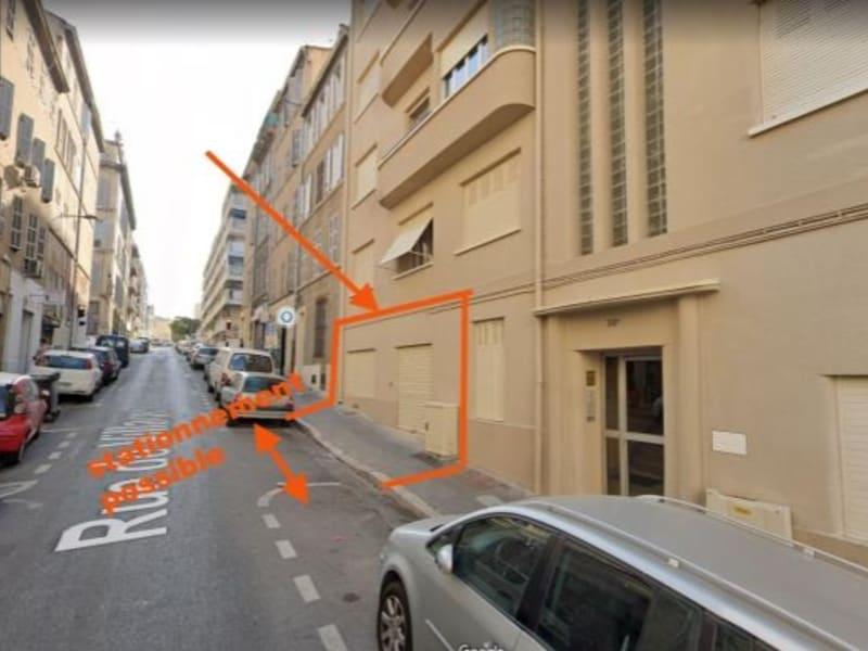 Location local commercial Marseille 6ème 825€ HC - Photo 4