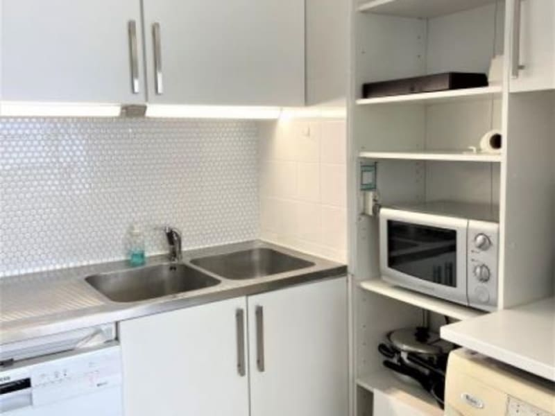 Sale apartment Puteaux 330000€ - Picture 6