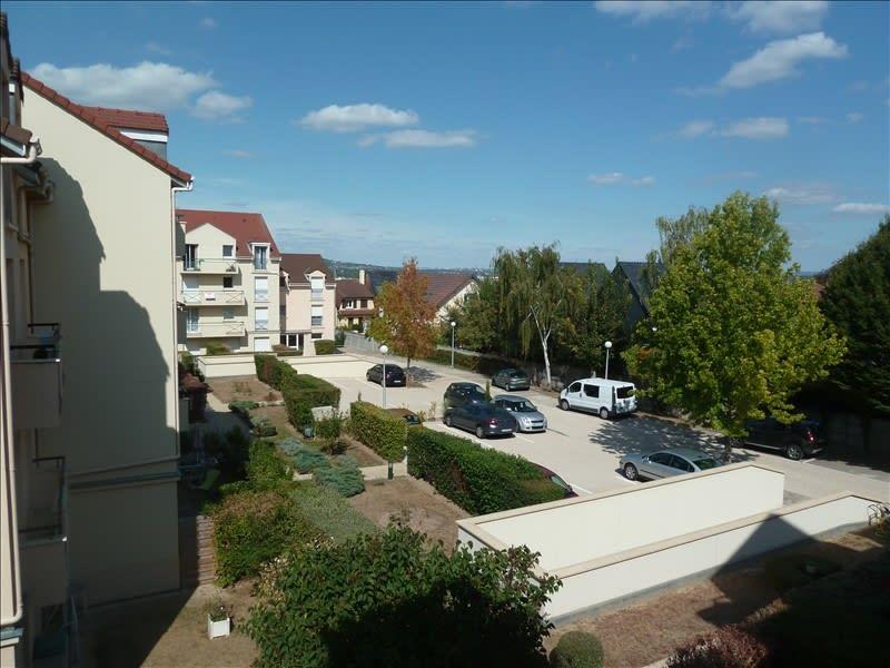 Rental apartment Poissy 842,66€ CC - Picture 2