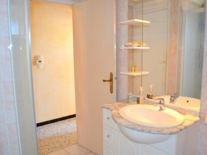 Sale house / villa Vedene 353000€ - Picture 8