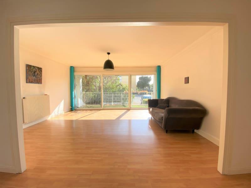 Sale apartment Villeneuve les avignon 235000€ - Picture 3