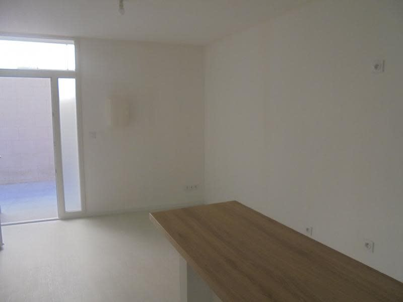 Location appartement Lunel 400€ CC - Photo 3