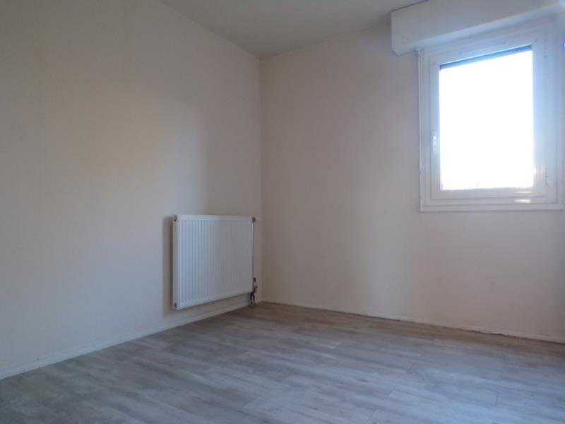 Alquiler  apartamento Montigny le bretonneux 980€ CC - Fotografía 4