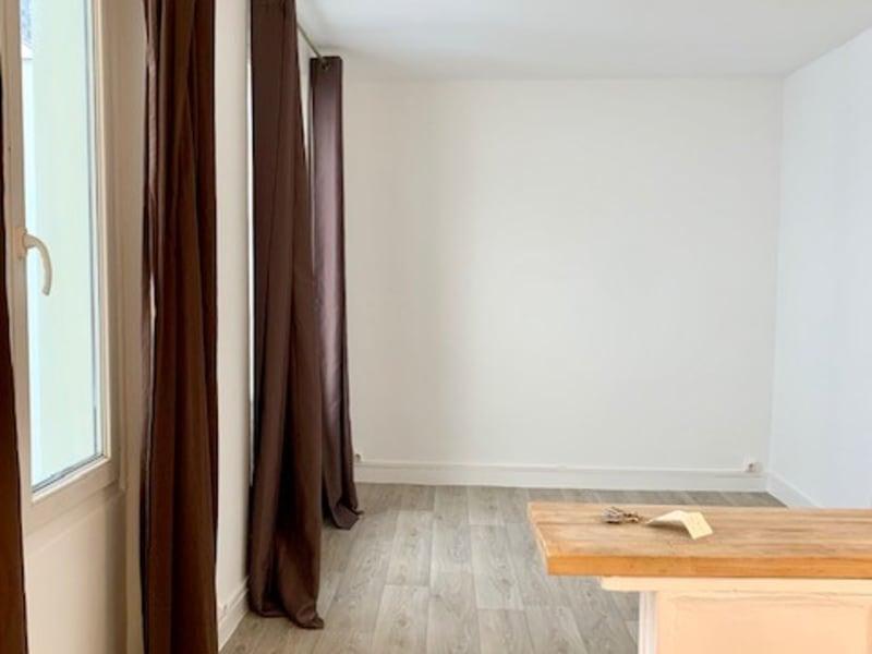 Appartement Rue Notre Dame de Nazareth Paris 1 pièce -18.56 m2 -
