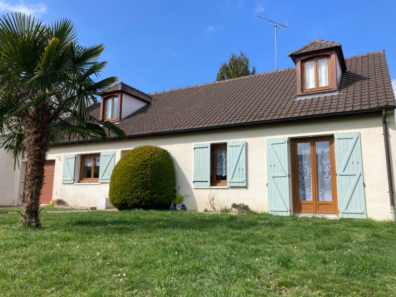Sale house / villa Domont 470000€ - Picture 1