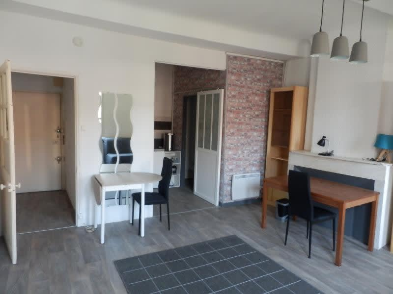 Rental apartment Toulon 443€ CC - Picture 1