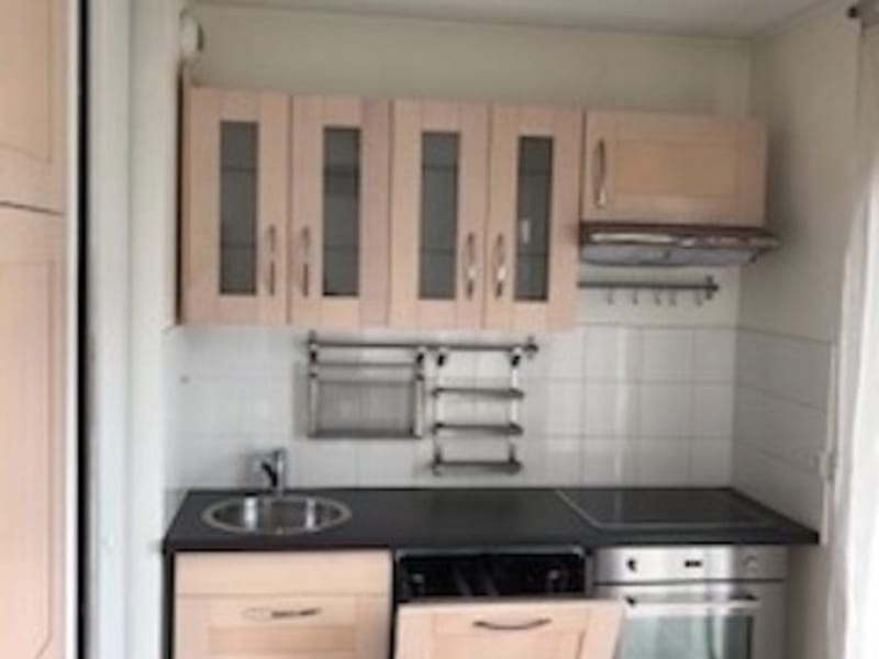 Location appartement Asnieres sur seine 1 150€ CC - Photo 3
