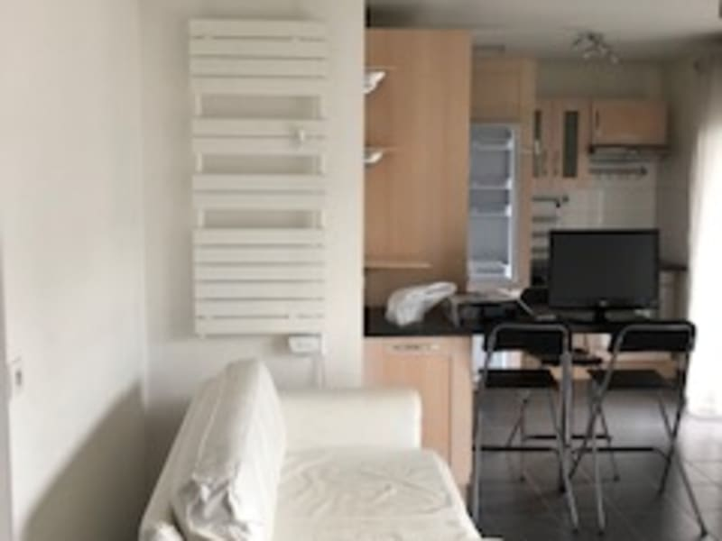 Location appartement Asnieres sur seine 1 150€ CC - Photo 4