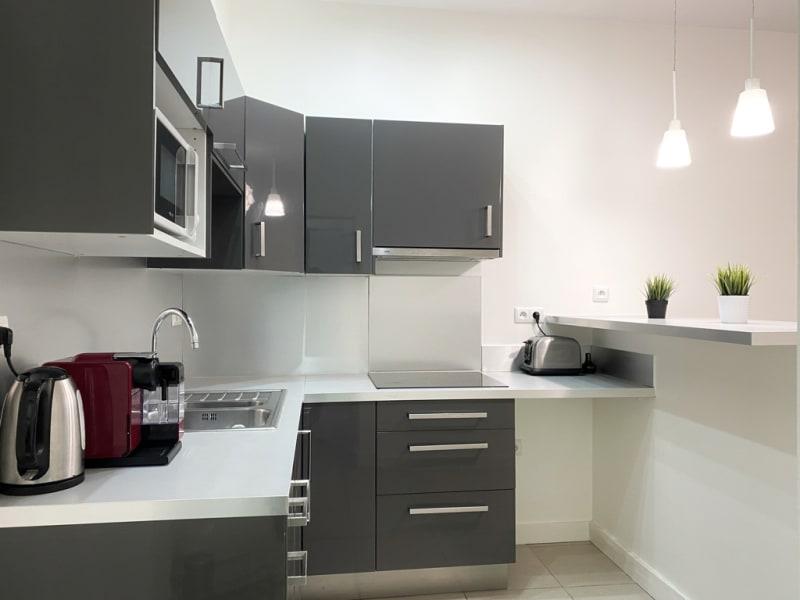 Vente appartement Versailles 375000€ - Photo 3