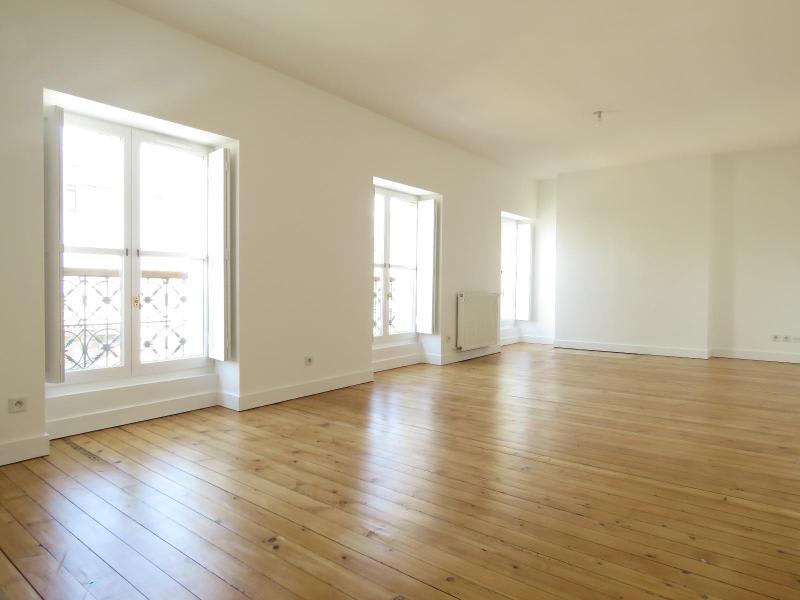 Location appartement Bordeaux 1493€ CC - Photo 1