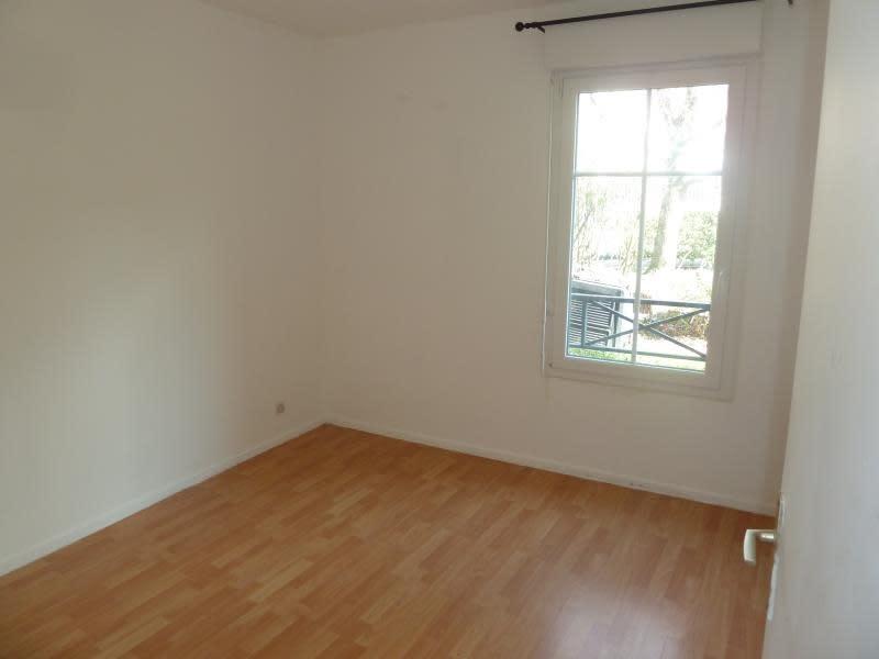 Rental apartment Carrieres sous poissy 965€ CC - Picture 7