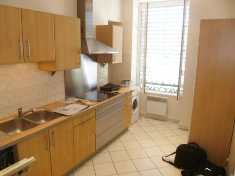 Location appartement Lyon 2ème 1 234€ CC - Photo 10