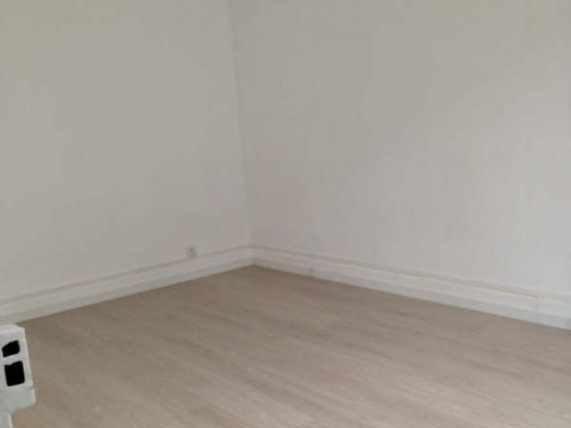 Rental apartment Le raincy 732€ CC - Picture 4