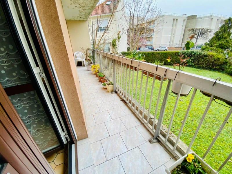Sale apartment Sartrouville 273000€ - Picture 1