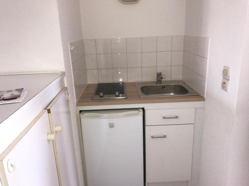 Rental apartment Roanne 272€ CC - Picture 2