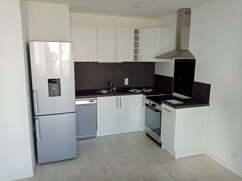 Location appartement Pontoise 973€ CC - Photo 3