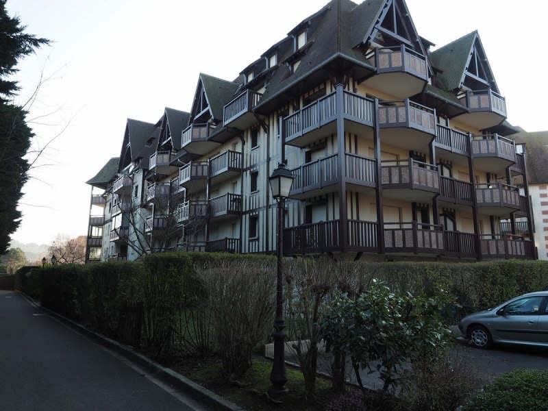 Location appartement Tourgeville 828€ CC - Photo 1
