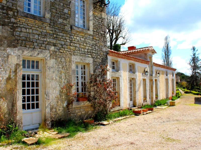 MAISON PLUS GITES proche Fontenay 9 pièce(s) 232 m2