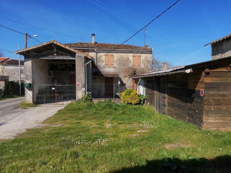 Sale house / villa Louzac st andre 86000€ - Picture 1