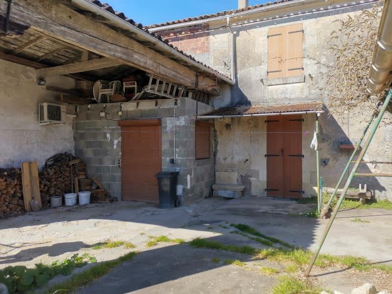 Sale house / villa Louzac st andre 86000€ - Picture 2