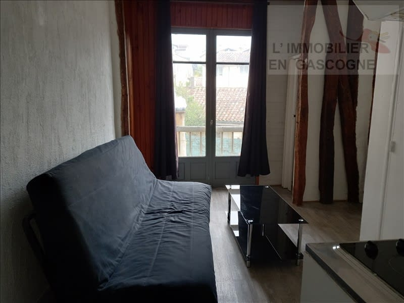 Rental apartment Auch 343€ CC - Picture 1