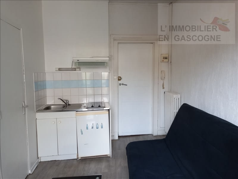Rental apartment Auch 343€ CC - Picture 2