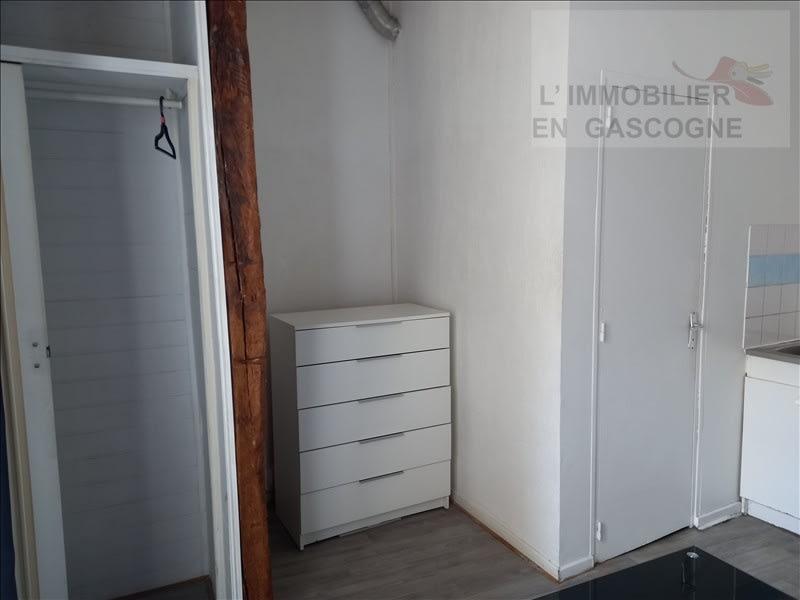 Rental apartment Auch 343€ CC - Picture 4