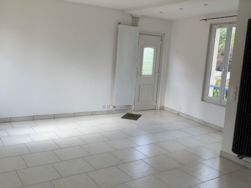Sale apartment Marly le roi 273 000€ - Picture 2