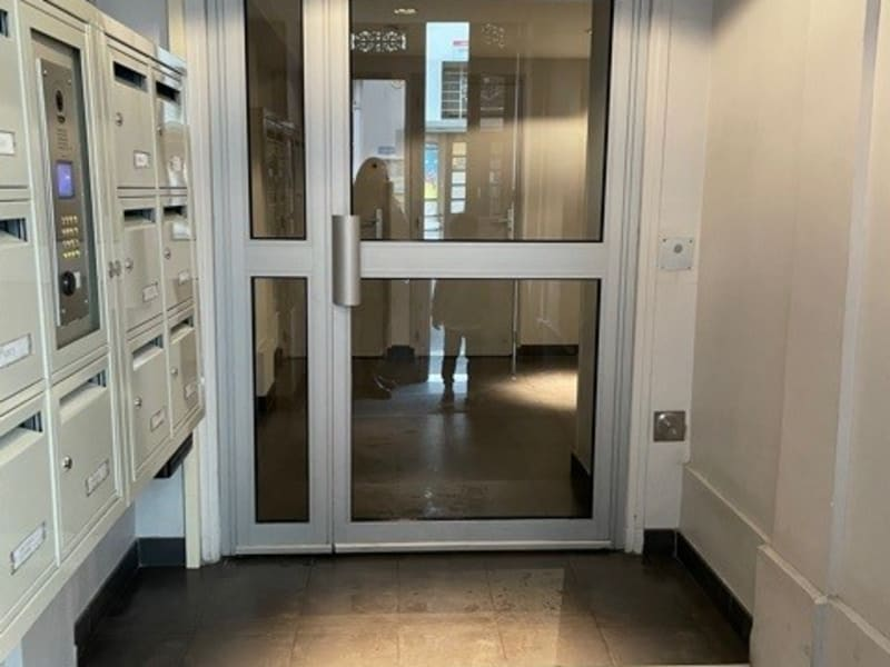 Vente appartement Paris 9ème 385000€ - Photo 11