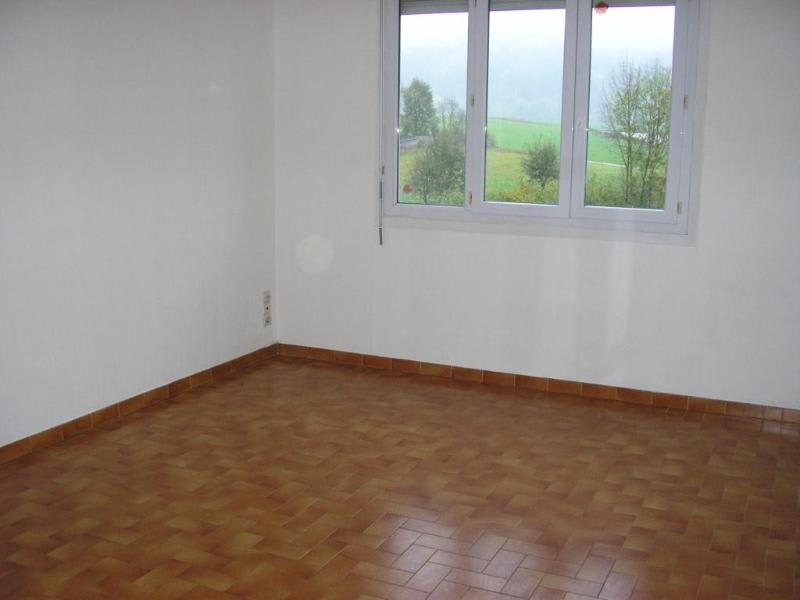 Rental apartment Maillat 587€ CC - Picture 2