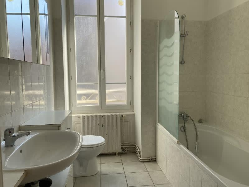 Rental apartment Ste colombe 710€ CC - Picture 7